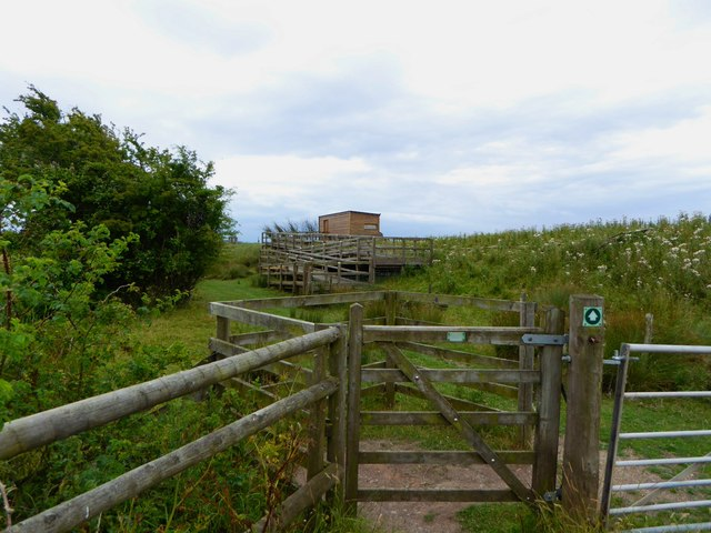 Bird hide at Goldcliff Lagoons