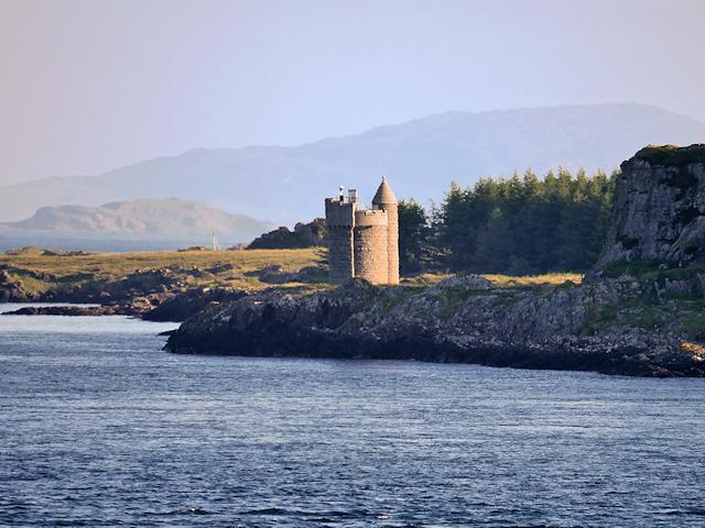 Black's Memorial Lighthouse, Isle of Mull