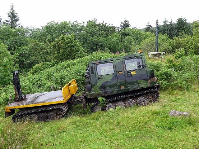 Tracked vehicle near Lerags Cross