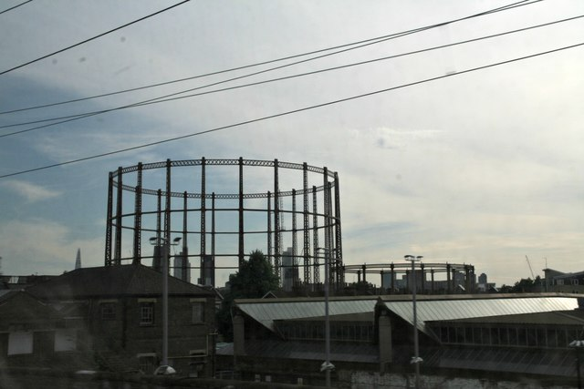 Holding on: the gas holders of Bethnal Green
