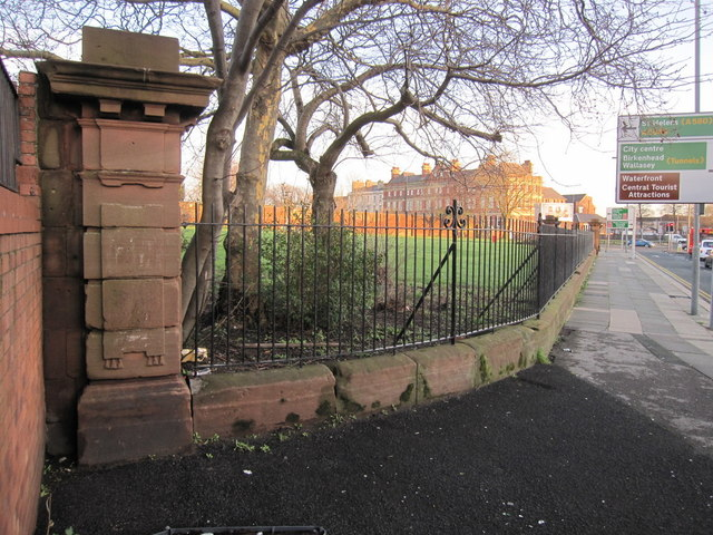 The southwest corner of Grant Gardens perimeter wall