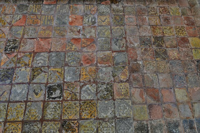 Hailes Old Church: Altar with medieval encaustic tile surround 2