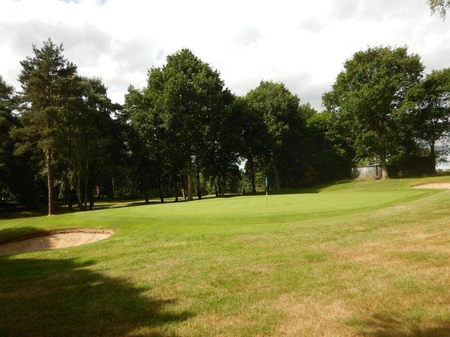 Wentworth Golf Course - Knowle Hill