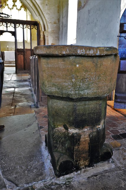 Hailes Old Church: c13th font 1