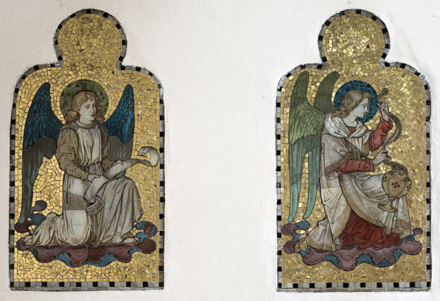 St George, Wolverton - Opus sectile