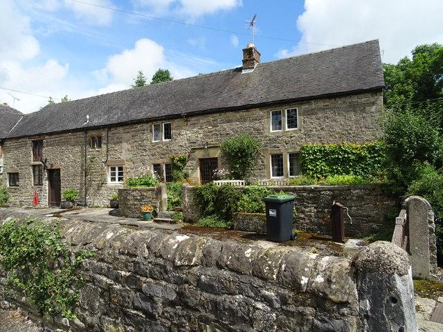 Cottages on Stonepit Lane