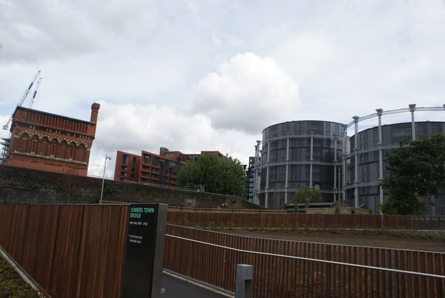View of flats near Gasholder Park from Camley Street