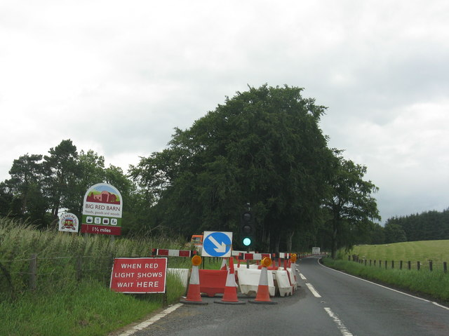 Road works and contraflow at Candy Mill