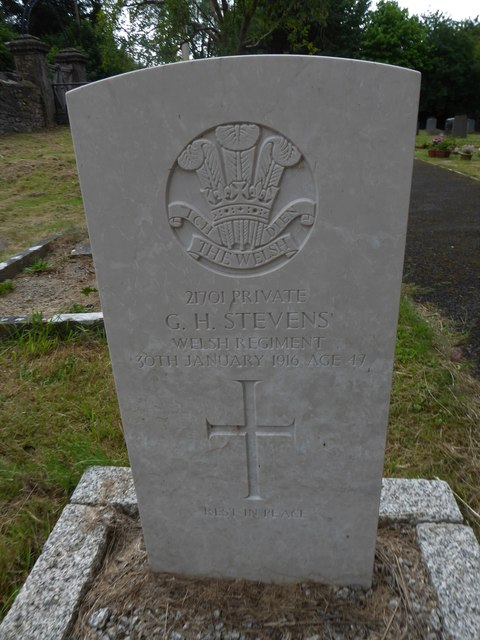 Holy Trinity Church, Cleeve: CWGC grave