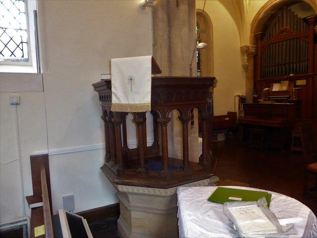 Inside Holy Trinity, Cleeve (c)
