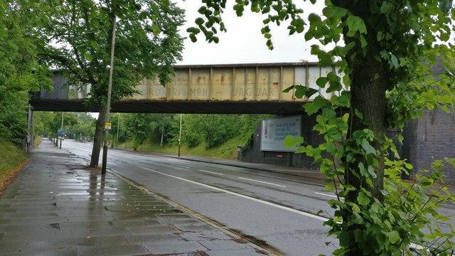 Railway bridge crossing Saffron Lane