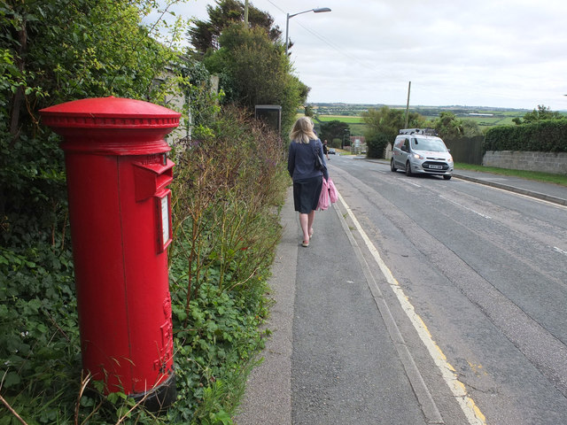 Post Box on Tregunnel Hill
