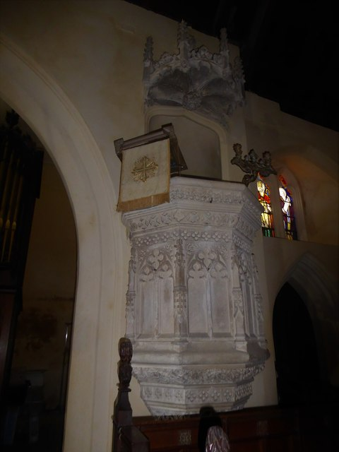 Inside St Nicholas, Brockley (c)