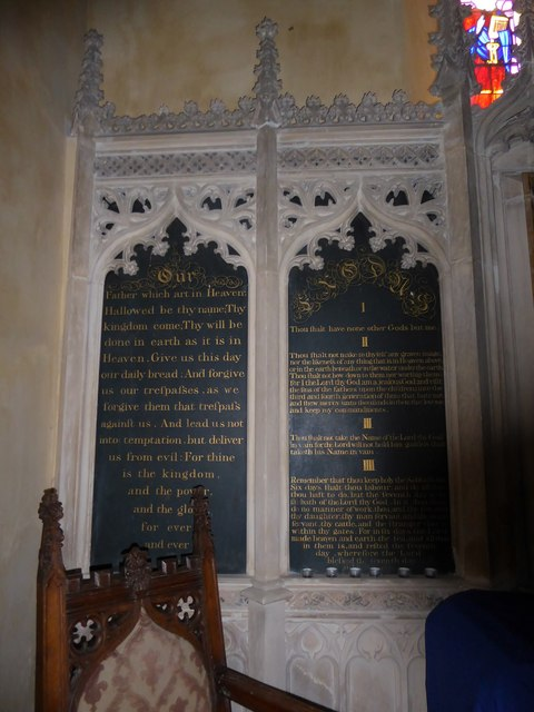 Inside St Nicholas, Brockley (e)
