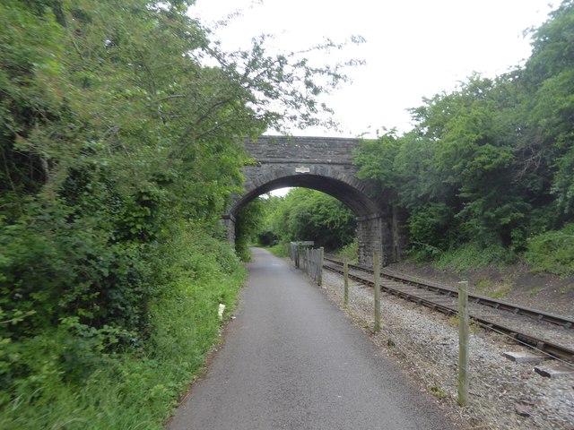 Redfield Edge footbridge
