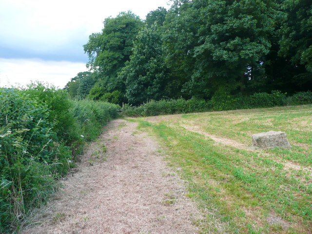 Footpath from Hammonds Farm to Wades Lane