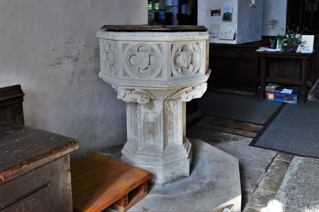 Wing, All Saints Church: The font