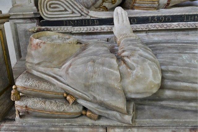 Wing, All Saints Church: Sir William Dormer monument ca 1590  3
