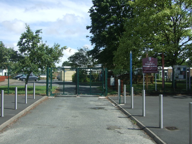 Entrance to  Perdiswell Primary School