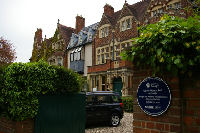 Wychwood School, Banbury Road, Oxford