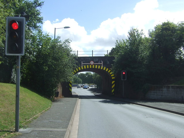 Railway bridge over Bilford Road