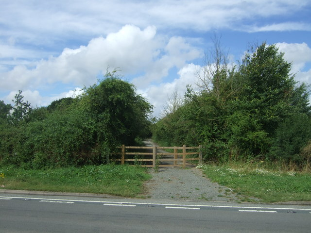 Blanked off road off Parsonage Way (A4440), Warndon