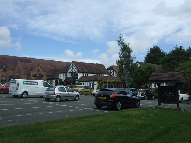 The Pear Tree Inn and Country Hotel