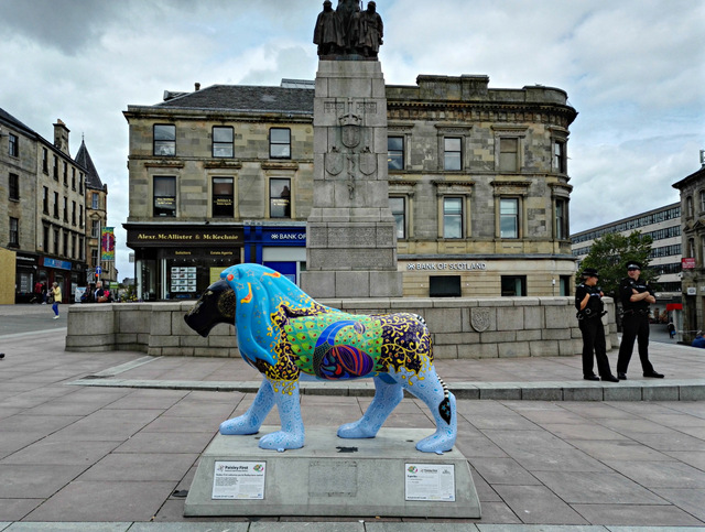 Lion at Paisley Cenotaph