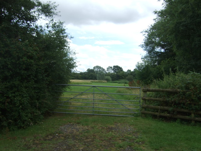 Field entrance off Hadzor Lane
