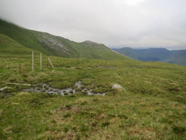 Following an old fenceline to Fraochaidh