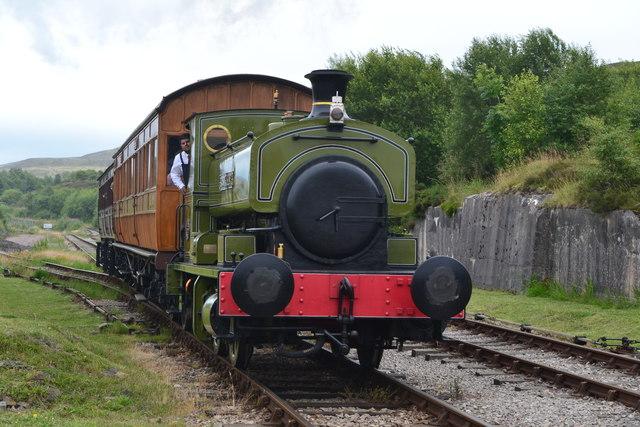 Train arriving at Furnace Sidings on the Pontypool and Blaenavon Railway