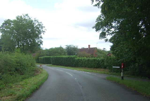 Road junction on School Road