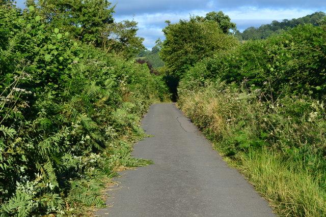 Castle Road, Llangynidr