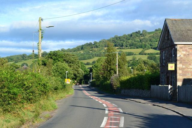 B4558 at Llangynidr