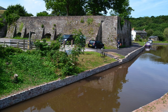 Former lime kilns by the canal at Llangattock