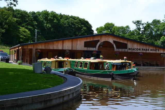 Beacon Park Boats' hire boat base at Llangattock