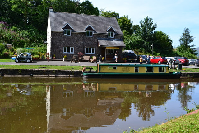 Castle Boats hire base at Gilwern