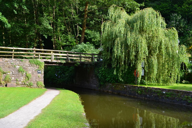Bridge No. 95A on the Monmouthshire and Brecon Canal at Llanfoist Wharf