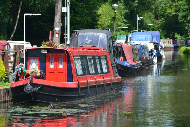 Moored boats at Goytre
