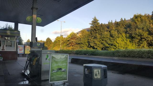 Swansea : Petrol Station