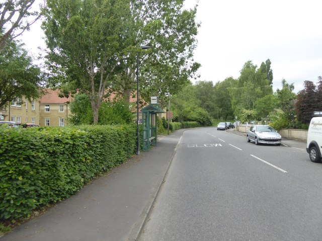 Bus stop and shelter, Brassmill Lane