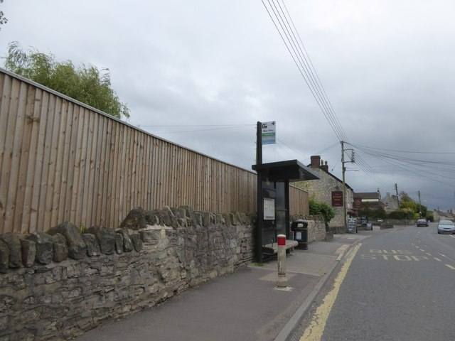 Bus stop and shelter, High Littleton