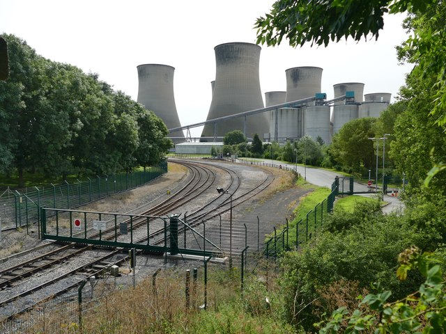 A walk around Cottam power stations (4)