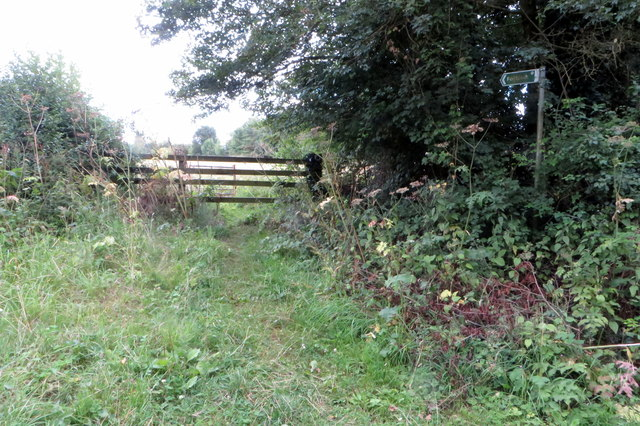 Footpath to Home Farm