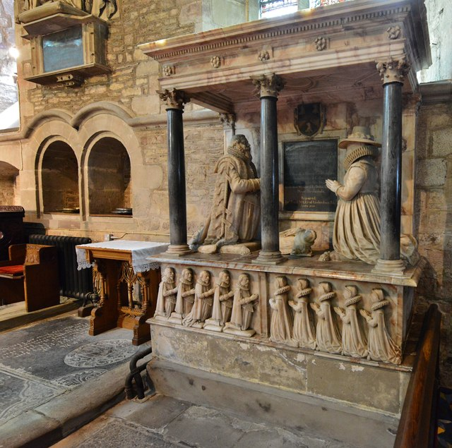 Ledbury, St. Michael and All Angels Church: Monument to Edward and Elizabeth Skynner