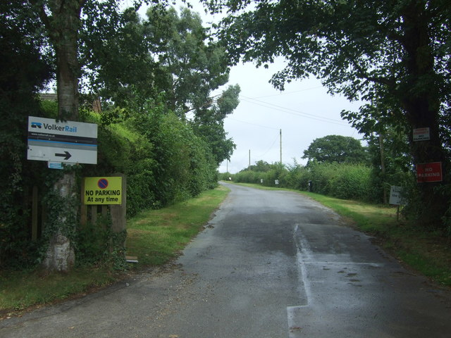 Road to Stoke Court
