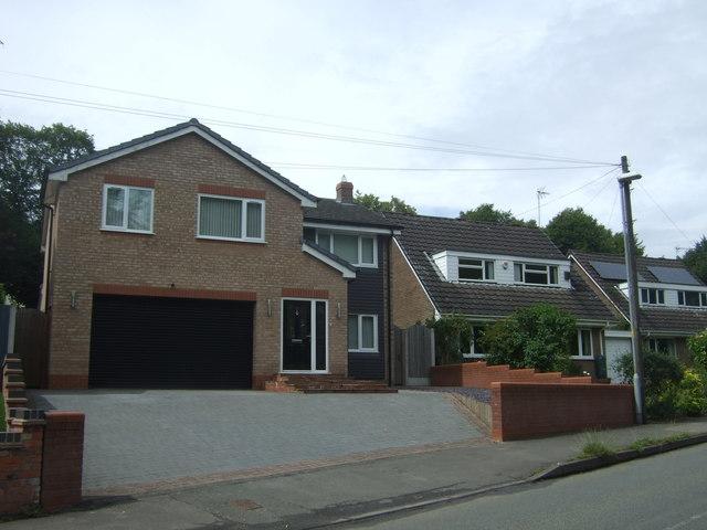 Houses on Twatling Road, Lickey