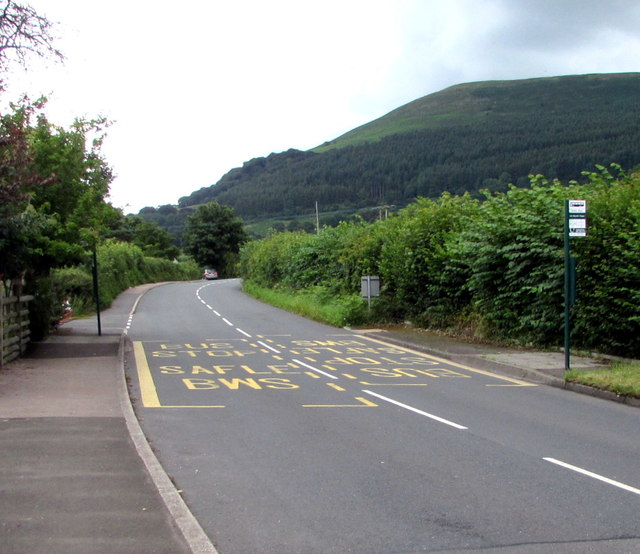 Hop Yard Lane bus stops near Govilon