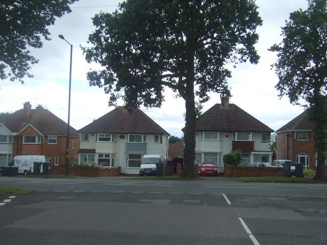 Houses on Groveley Lane