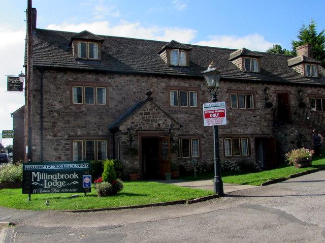 Millingbrook Lodge, Aylburton